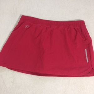 PUMA Athletic Short Red & Black shorts